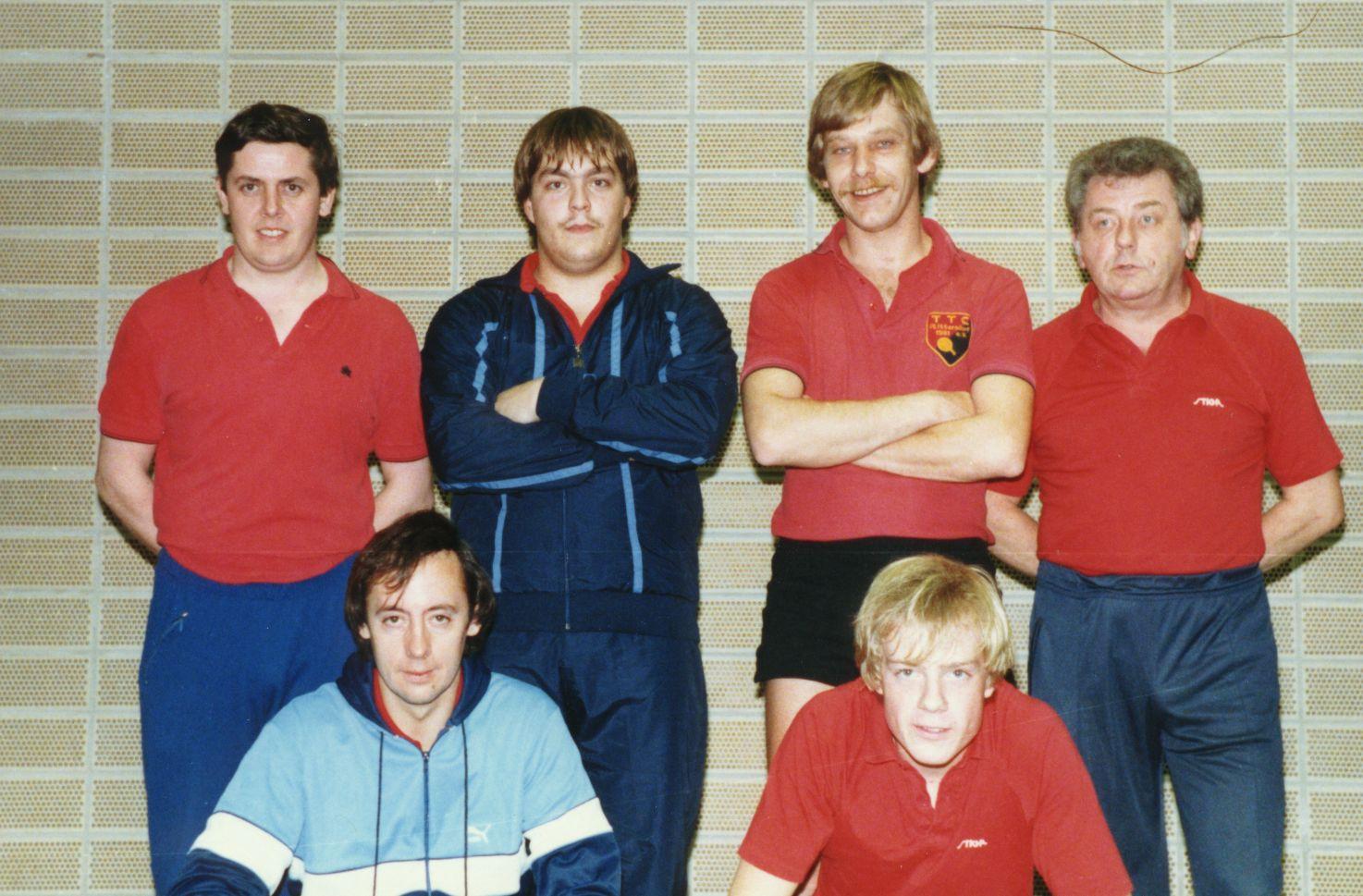 Oben von links: Erich Gemein, Peter Burgwinkel, Gerd Schumacher und Arnold Linke. Unten von links: Johannes Ockenfels und Stephan Huckschlag